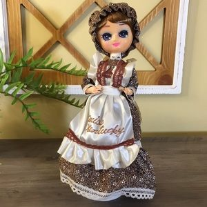 Vintage Miss Kentucky Doll In A Pioneer Outfit